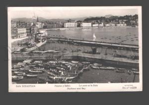 089001 SPAIN San Sebastian Harbour & Bay Old photo PC