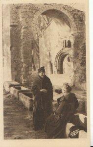 France Postcard - Arles - Un Joli Coin Des Alyscamps Chapelle Ste-Accurse TZ9896