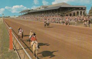 LEXINGTON , Kentucky , 50-60s : Keeneland Horse Race Course