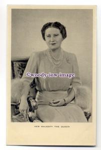 r1555 - Queen Elizabeth ( Bowes-Lyon ) - postcard