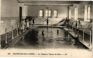 CPA BAGNOLES-de-l'ORNE- La piscine a l'heure (195867)