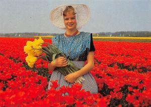 Netherlands Foto Henk v.d. Leeden, tulips flower field, pretty lady, costume