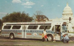 Washington D.C. , 1950-60s ; Whitehouse Bus Tours