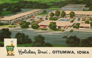 Aerial View of the Holiday Inn Motel - Ottumwa, Iowa - Roadside