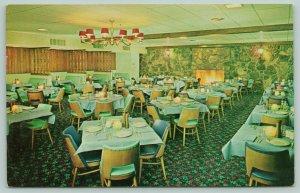 Flagstaff Arizona~Holiday Inn~Heated Pool~Superb Dining~Interior View~c1960 PC