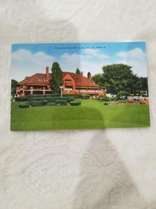 Antique/Vintage Postcard, Sylvania Country Club, Toledo, Ohio