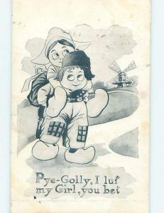 Pre-Linen comic GIRL GOES FOR PIGGYBACK RIDE ON BOY'S BACK HL2980
