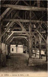CPA DIVES - Interieur des Halles (383716)