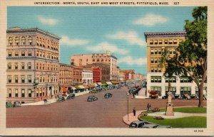MA Pittsfield Massachusetts linen postcard STREET SCENE INTERSECTION UNPOSTED