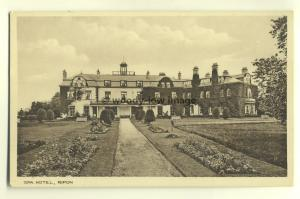 tp5137 - Yorks - The Grand Spa Hotel and Grounds in Ripon - Postcard