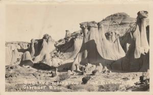 RP: GLENDIVE , Montana , 1926 ; Badland Formations