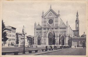 Italy Firenze Basilica di San Croce e Statua di Dante