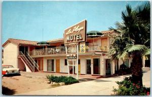Santa Barbara, California Postcard LA PLAYA MOTEL 212 W. Cabrillo Blvd. c1960s