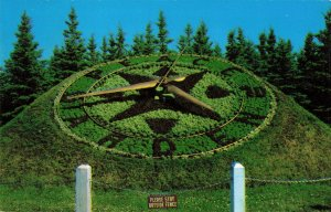 Postcard International Peace Garden North Dakota