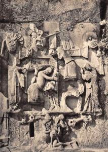 Externsteine Teutoburger Wald In die Felswand KReuzabnahme Christi