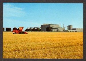 SK Potash Farming Tractors Farm Saskatchewan Canada Carte Postale Postcard
