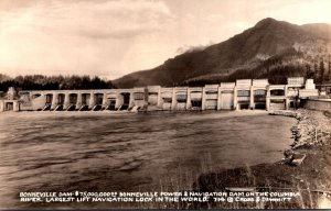 Colorado Columbia River Bonneville Dam Largest Lift Navigation Lock In The Wo...