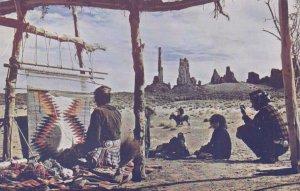 Indians making NAVAJO Rugs , 1950-60s ; Arizona-Utah