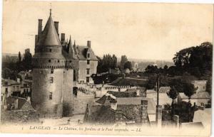 CPA  Langeais - Le Cháteau, les Jardins et le Pont suspendu. (228577)