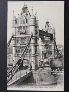 London: E.C The Tower Bridge Looking North c1904 LL.55
