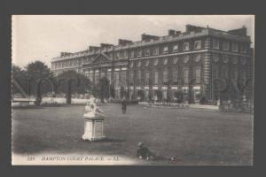 084405 UK Hampton court Palace Vintage PC