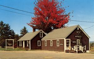 NH - Ossipee. The Baker's Peel Country Shop