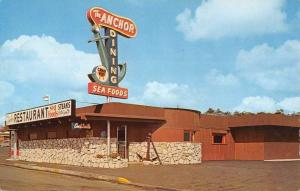 Newport Oregon Anchor Street View Vintage Postcard K57485