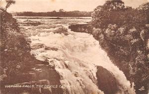 Zimbabwe Rhodesia, Victoria Falls The Devil's Cataract Waterfall, Cascade