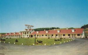 Crinoline Courts Motel, Bedford, Pennsylvania, 40-60s
