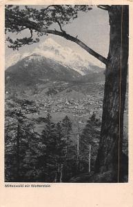 Mittenwald mit Wetterstein Gesamtansicht Berg