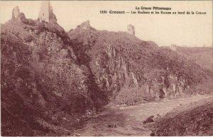 CPA CROZANT Les Rochers et les Ruines au Bord de la Creuse (1143803)