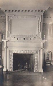 RP: PORTSMOUTH , New Hampshire , 1910s ; Moffort Ladd House , Fireplace