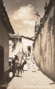 RP: TAXCO , Gro. , Mexico , 1930-40s ; Street