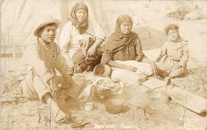 F61/ Foreign RPPC Postcard Mexico c1910 Mexican Family Natives