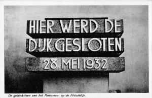 BR55795 de gedenksteen aan het monument op de Afsluitdijk netherlands