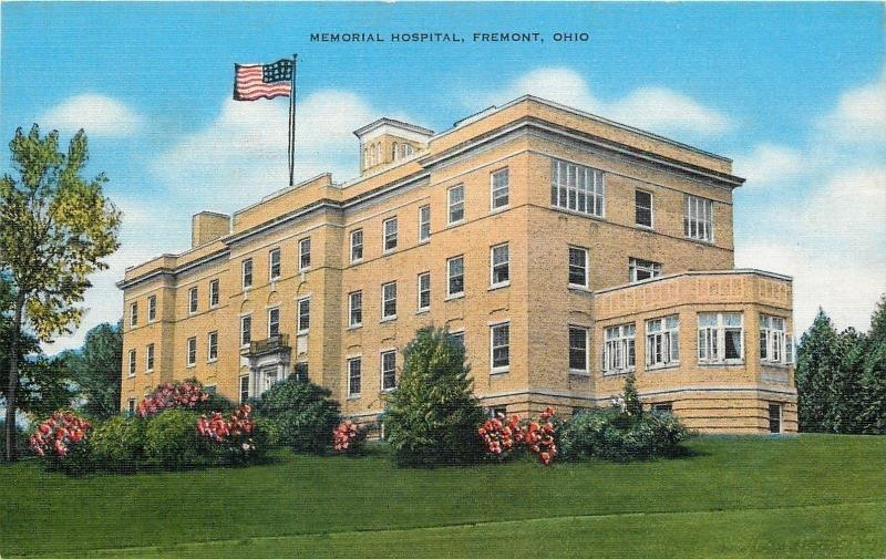 Fremont Ohio~Art Deco Memorial Hospital~Flower Bushes 1940 Linen Postcard