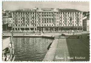 Italy, Trieste, Hotel Excelsior, unused real photo Postcard