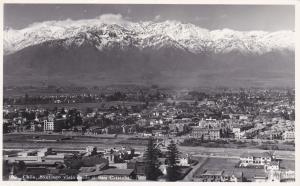 RP; SANTIAGO, Chile, 30-40s