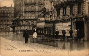 CPA PARIS INONDE 115 Rue de la Pepiniere (561811)