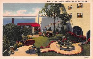 Patio, Hotel Laguna, Laguna Beach, California, Early Linen Postcard, Unused