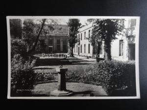 Oxford REGENT'S PARK COLLEGE & SUN DIAL Old RP Postcard by Walter Scott 15625