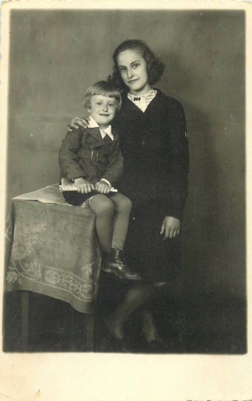 Children Postcard young girl with her little sister photo