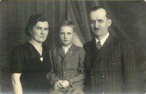 WW2 Hungary hungarian family photo postcard social history Kudolf Magda