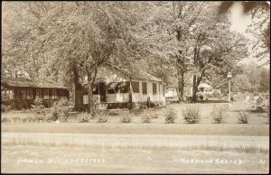 Oakwood Shores, Il., View on Williams Street (1940s) RPPC