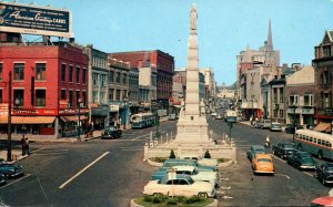 Connecticut New London The Parade Showing Soldiers and Sailors Monument 1960