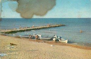 Romania Eforie sud barca  plaja litoral turisti Postcard