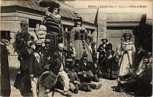 CPA DOUAI - Famille gayant - Jacquot fillion et binbin (190436)