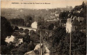 CPA POITIERS - Le Clain au Pont du Tunnel (255732)