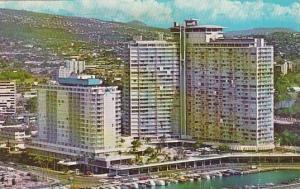 Hawaii Honolulu Ilikai Hotel 1970