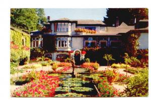 Beautiful Butchart Gardens Residence Victoria British Columbia,